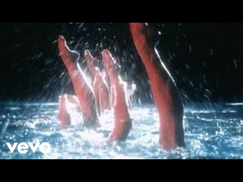 Dire Straits - Twisting By The Pool