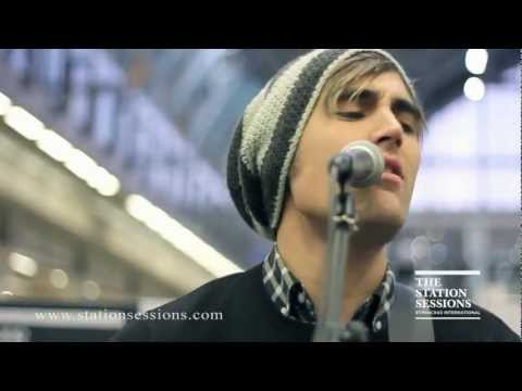 Charlie Simpson - Cemetery (LIVE HD)
