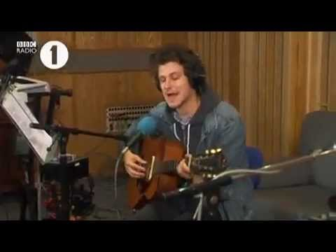 Jamie T - If I Were A Boy (Beyonce Cover) - Live Lounge