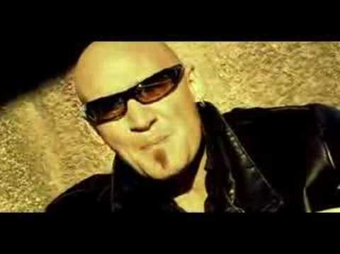 PRIMAL FEAR - Fighting The Darkness