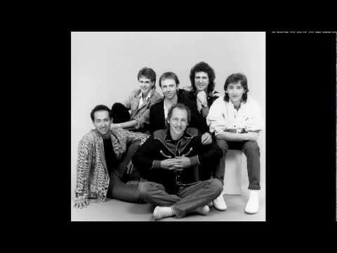 Dire Straits - Twisting By the Pool (Remix) (Vinyl Rip) (1st Press. 1988)